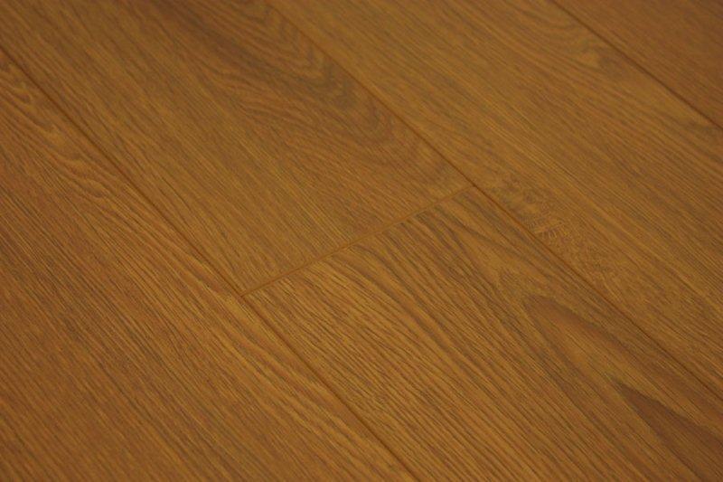 Laminate Flooring Hobo